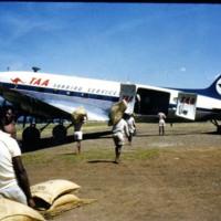 http://dev.mtchl.net/aviation/web-images/AC000874.jpg